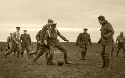 Contro Nazionalismi e guerre: la partita di calcio della Storia