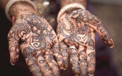 Debhora: storia di viaggi, di fiducia e d'amore